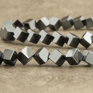 Hématite cube diagonal 6mm